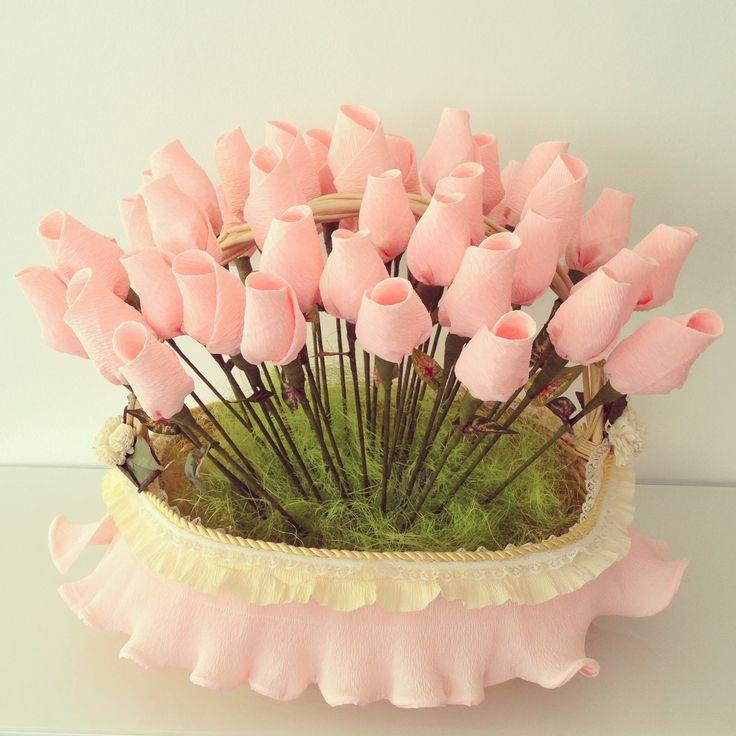 Rosas para entregar a los invitados de la boda a la salida para que tiren el arroz. Wedding flowers roses rise
