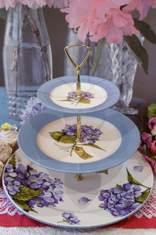 3 tiered cake stand | ... and Cake Stands for sale in the UKVery & 94 best Vintage Tiered Cupcake and Savories Stands images on ...