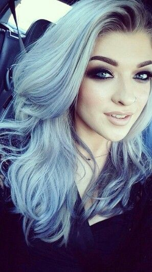 Her makeup and hair is so beautiful. #BlueHair #HairChalk #Blue