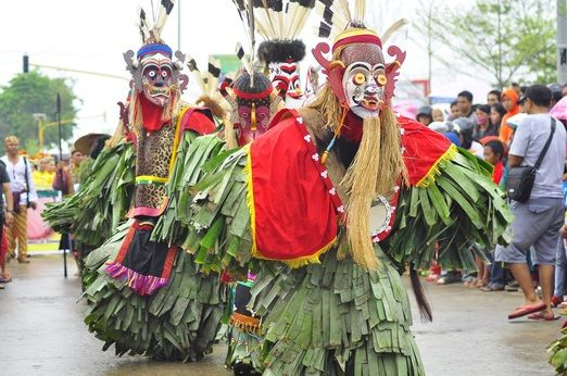 Local folklore: In the past, the festival was held to celebrate the coronation of the Kutai Kartanegara Ing Martadipura ...