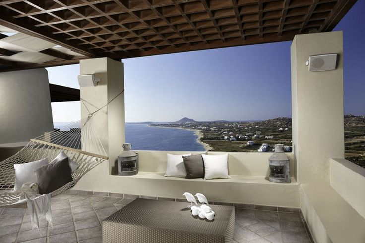 Holiday Villa in Naxos, Greece - Luxurious private seaside villa with wonderful view in Naxos