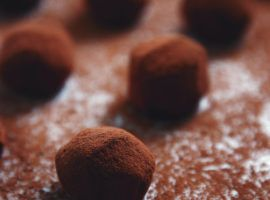 Learn how to make the Choc Orange Energy Ball Truffles Recipe by Jason Vale…  https://www.juicemaster.com/recipes/choc-orange-balls/