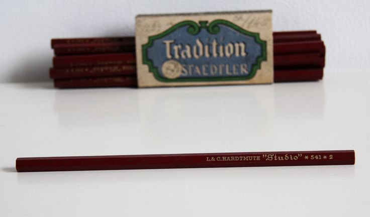 Vintage pencil #vintage #antique #vintagepencil you can buy on http://www.salonmody.cz/en/home/103-pencil.html