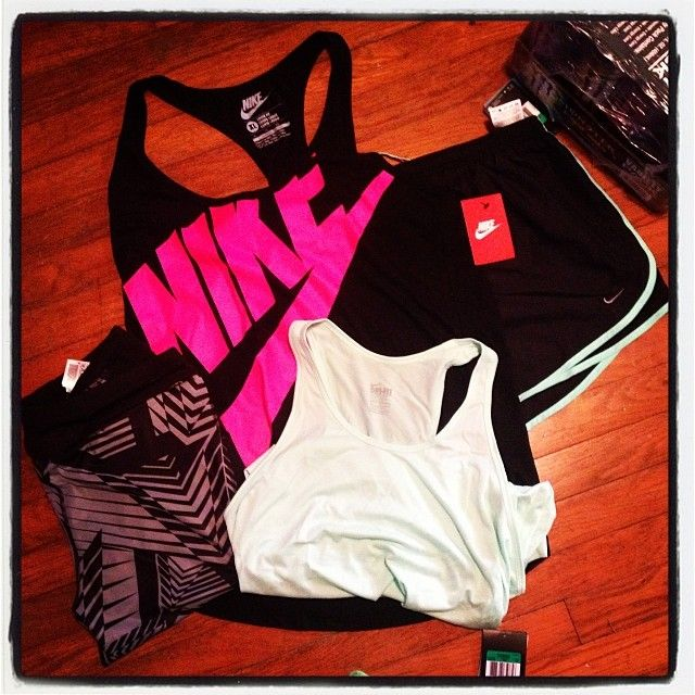 More Workout Outfit, Workout Style, Fit Outfit, Workout Clothing, Workout Gears, Workout Fit, Gears I D, Gym Outfit, Nike Love my New Nike Stuff | Check out their website for more products. Super nice stuff that they carry Super cute workout gear Id Love to own!! workout outfits