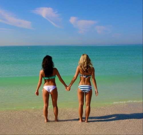 As melhores amigas unidas para todo o sempre
