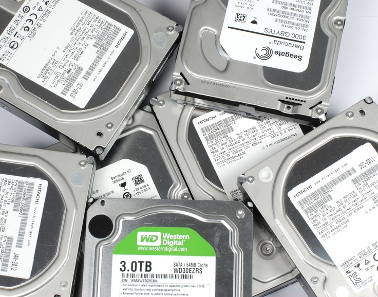 Hard Disk Hitachi da 4 TB, scontro tra titani dell'archiviazione - Tom's Hardware