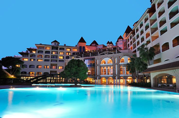Sirene Belek Hotel  Sirene Belek'in kişiye özel imkanlar sunan hizmetleri ile Antalya'da ayrıcalıklı misafirliğin tadını çıkarın. http://bit.ly/1p8UNFs #etstur #KeskeTatilOlsa #tatil #holiday #travel