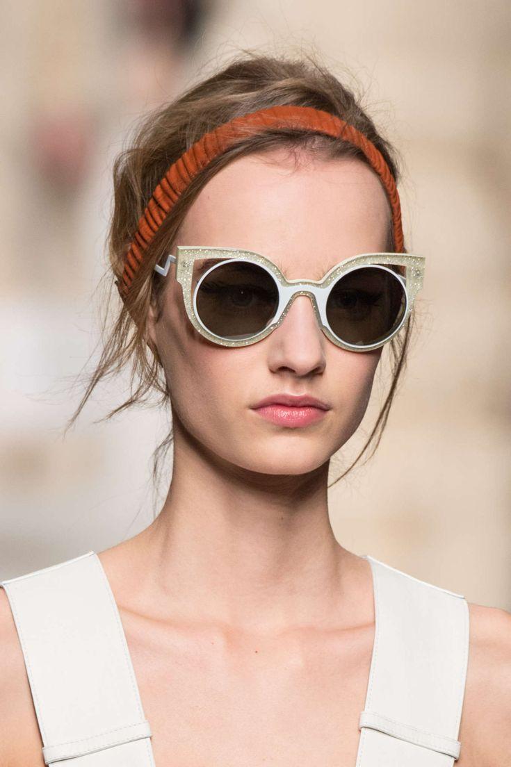 glasses fashion 2015  17 Best images about catwalk eyewear on Pinterest
