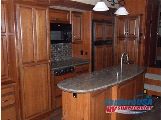 Some of these 5th wheel kitchens are nicer than my kitchen. (o: