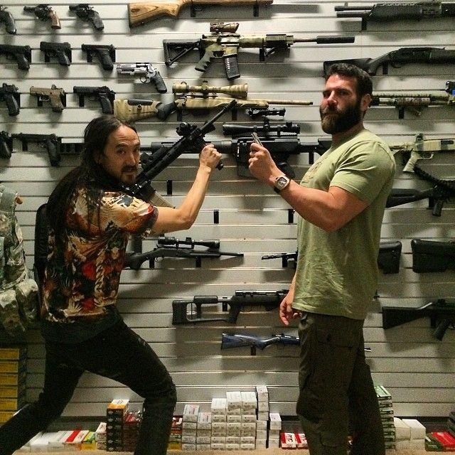 My boy @steveaoki has a couple guns... I picked the #bosshog