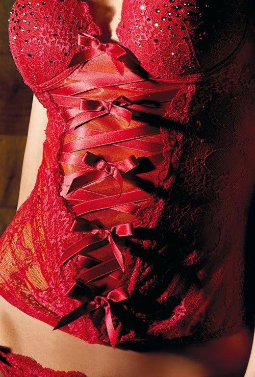 A cor , a sedução o que pode ser usado de baixo de alguma blusa e ser uma verdadeira surpresa sensual..