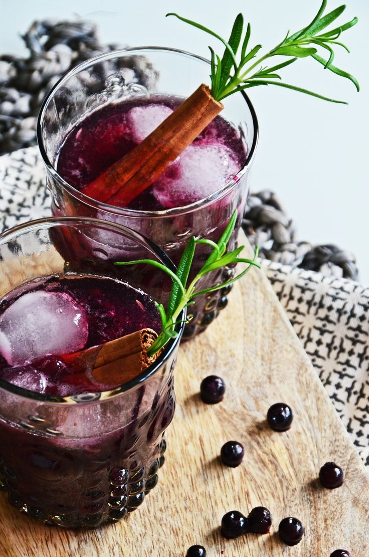 Wintercocktail Rezept für Blueberry Cinnamon Old Fashioned