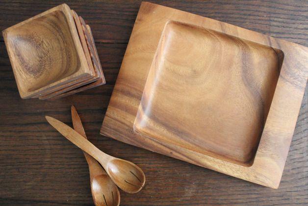 Beilagen-Satz aus Akazienholz, eine Platte mit 4 Schälchen und Vorlegebesteck  guter Zustand