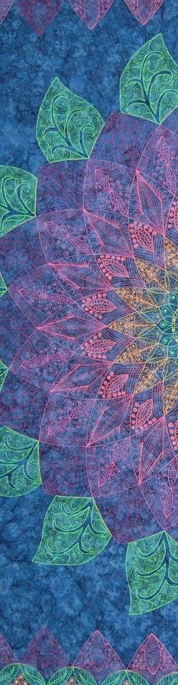 "close up, Zen Dahlia by Pat Ferguson, from her ""Zen Quilting Workbook"" (2012). Posted at Narragansett Bay Quilter's Association"
