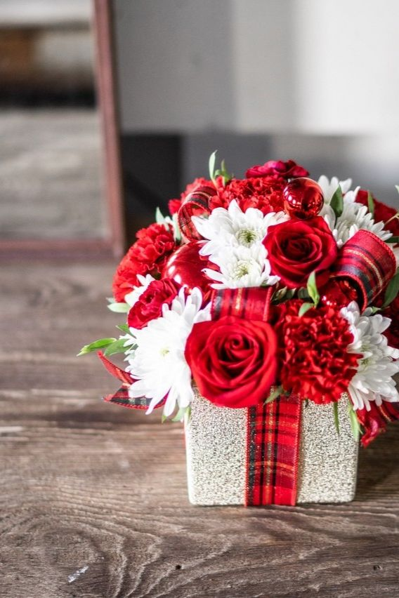 Holiday Flower Gift Present At From You Flowers Holiday Flower Flowers For You Flower Gift