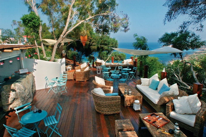 The Hotel Grecian Park in #Protaras, Cyprus has the kind of secluded spots that…