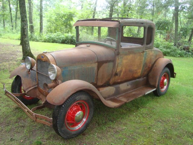 1928 Standard Coupe | VINTAGE VEHICLES | Antique cars, Ford classic