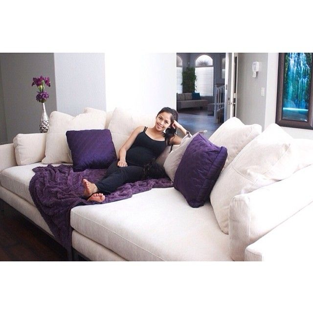 @sosweetbites loves our Ventura Sofa!