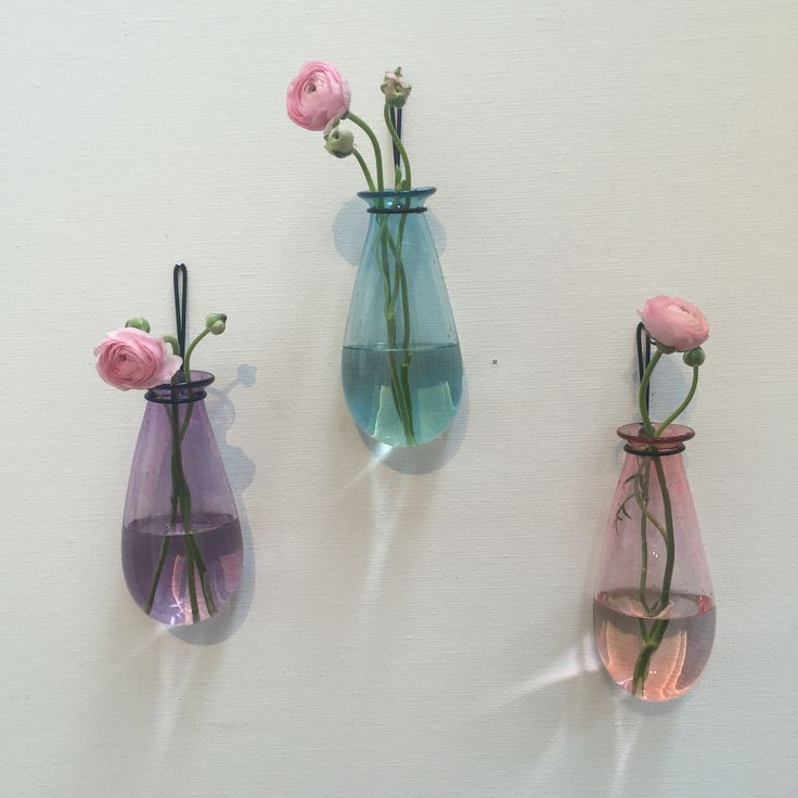 Malin Mena-Glastornet Studioglashytta. Hängvaser.