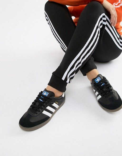 detailed look 16e0f a321a adidas Originals Samba Og Sneakers In Black