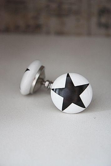 Knopp - black star