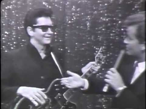 """Roy Orbison performs his hit """"Oh, Pretty Woman"""" on American Bandstand on June 5, 1966, hosted by the late great Dick Clark. He is so COOL."""