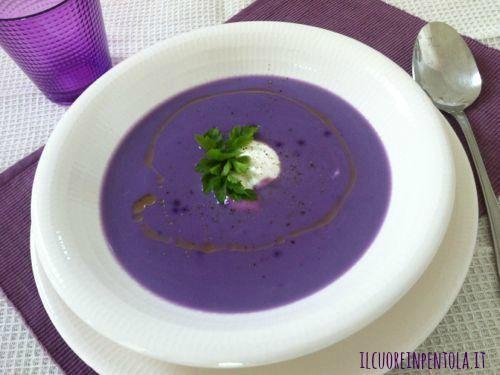 Vellutata di patate viola http://www.ilcuoreinpentola.it/ricette/primi-piatti/vellutata-di-patate-viola/