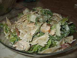 Dans les casseroles de GG: Salade de pâtes au poulet à la César