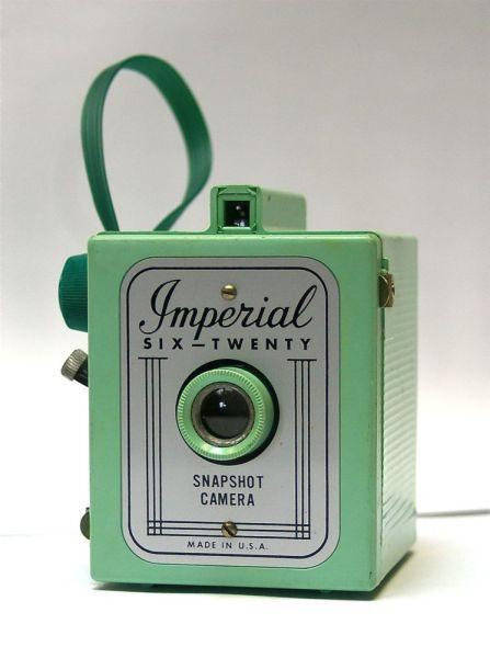 green imperial box camera