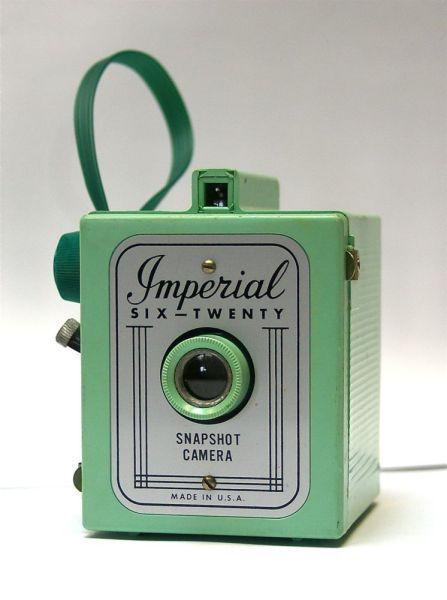 green imperial box camera
