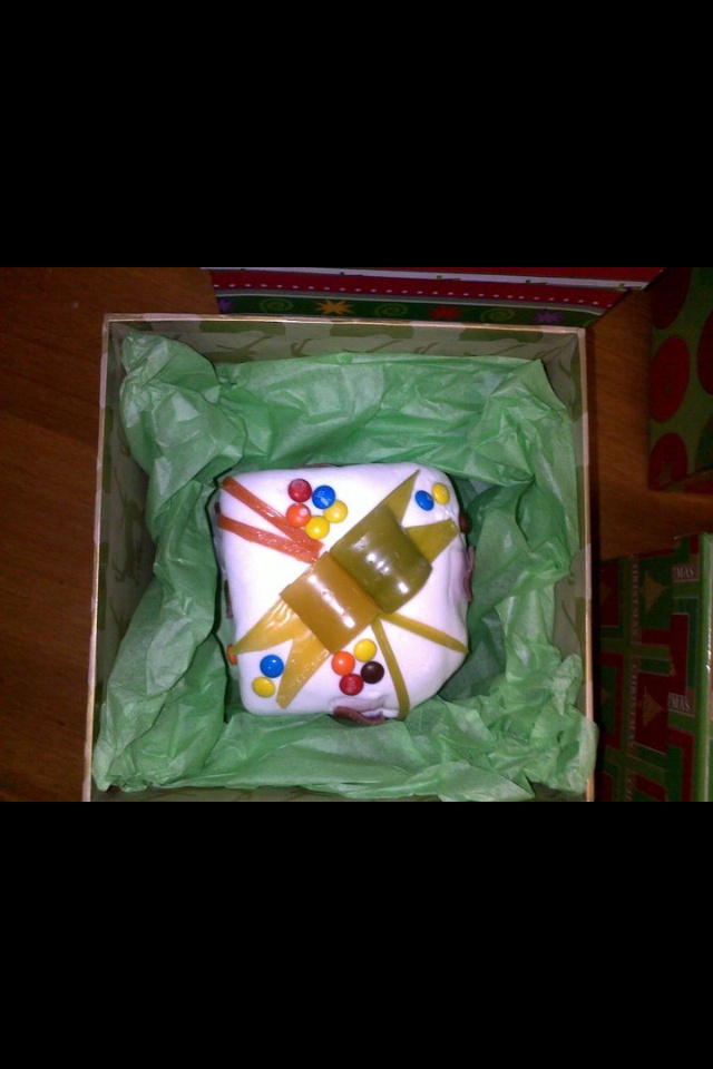 Xmas cakes made as presents presented In Xmas boxes