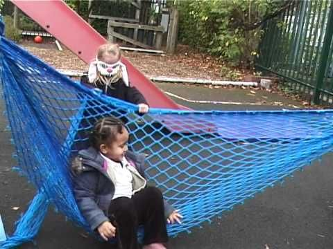 The aim of the Scrapstore PlayPod Early Years project is to recognise the importance of free play early on in a child's learning and development and to docum...