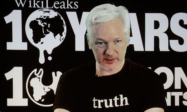 vonBill Van Auken –www.wsws.org Die Sperrung des Internetzugangs für den WikiLeaks-Gründer Julian Assange ist eine weitere hässliche Episode der Präsidentschaftswahlen in den USA, deren pol…
