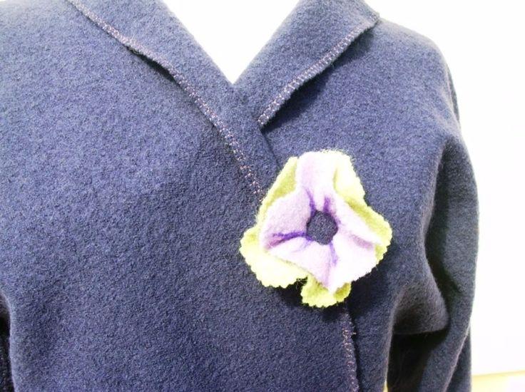 Veste en  laine bouillie col châle couleur Lilas