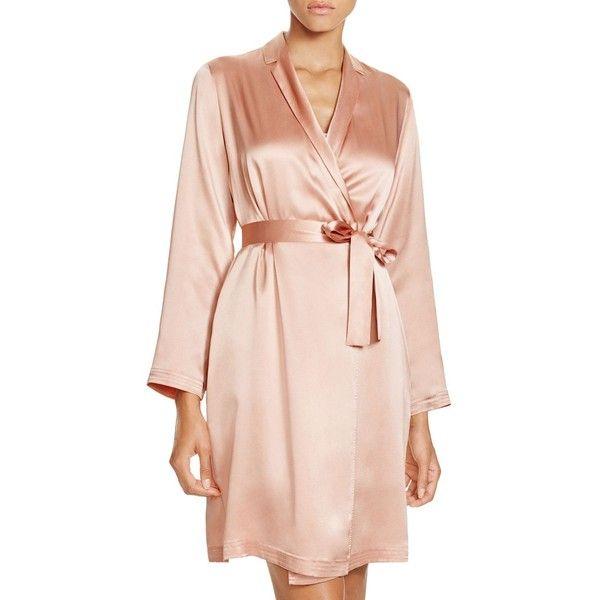 La Perla Silk Short Robe ($400) ❤ liked on Polyvore featuring intimates, robes, rosa, short bath robe, bath robes, la perla robe, la perla and dressing gown