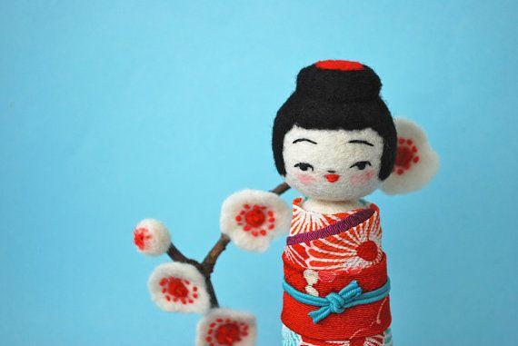 Hiné Kokeshi Needle Felted Doll