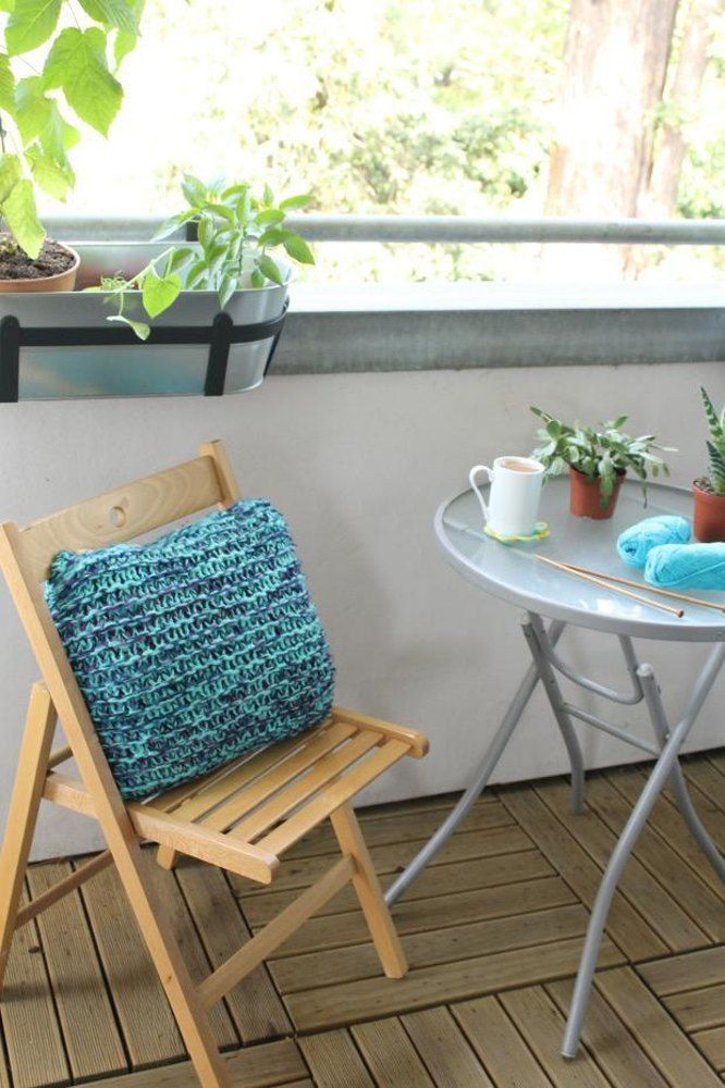 Knit by Bit: free garter stitch cushion cover knitting pattern at LoveKnitting & 54 best Knitted Cushion Patterns images on Pinterest | Cushion ... pillowsntoast.com