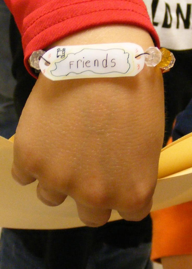 """To celebrate Anti-Bullying week here at Suffield, we've been making these """"anti-bully"""" bracelets (kindergartners made necklaces!) in ..."""