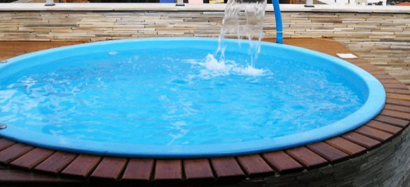 25 melhores ideias sobre piscinas redondas no pinterest for Modelos de piscinas caseras