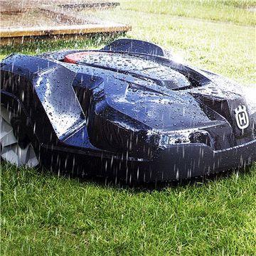 Husqvarna Automower non teme la pioggia