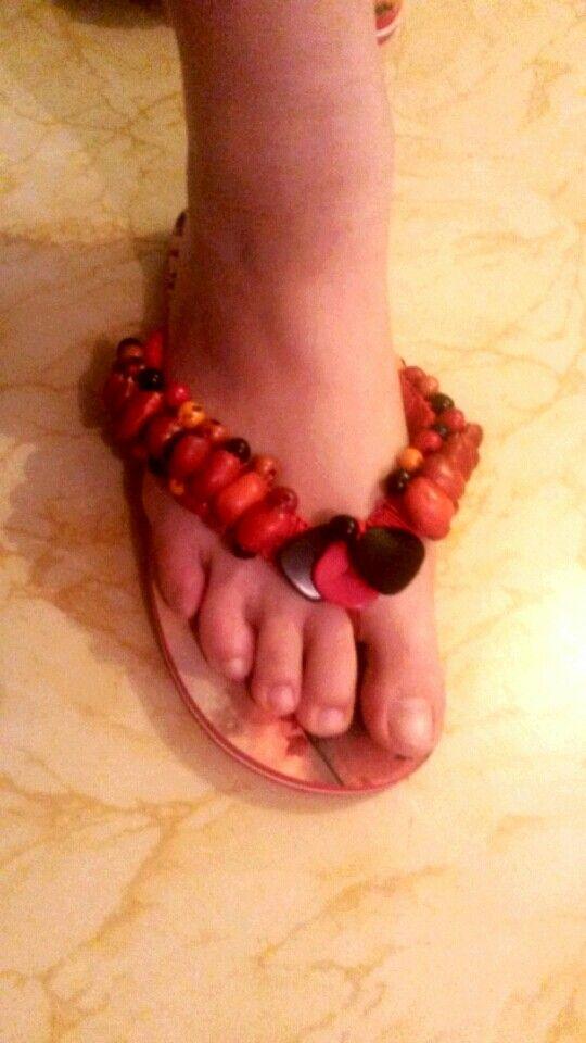 Huayruro flip flap sandals Bio moda