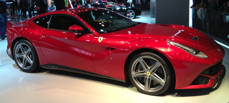 Ferrari F12 Berlinetta - Paris -