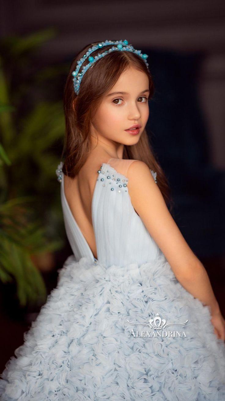 Princess Flower Girl Dresses, Flower Girl Tutu, Baby Girl Dresses, Blue Dresses, Pretty Dresses For Kids, Beautiful Dresses, Gorgeous Dress, African Lace Styles, Party Frocks