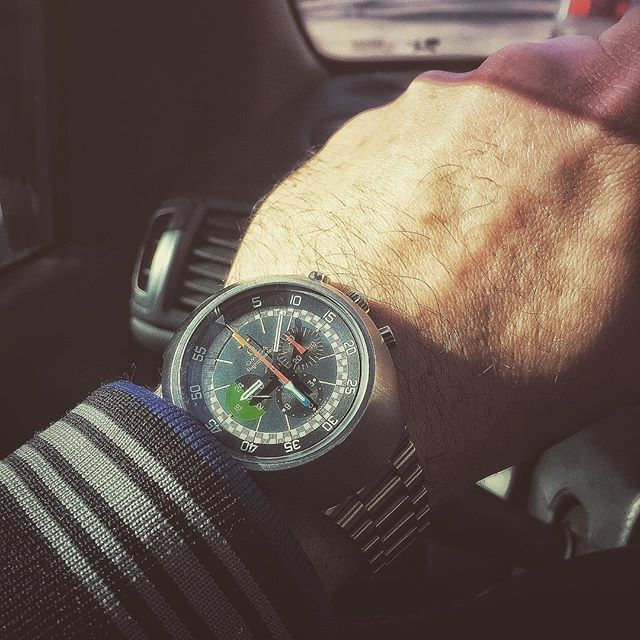 REPOST!!!  The #mighty #flighty on the #wrist and way we go! 😀🚗 #omega #omegamania #omegaholics #flightmaster #vintage #chronograph #cal910 #145013 #aviation #iconic #toolwatch #wristporn #wristshotoftheday #watchesofinstagram #watch #watchfam #watchoftheday #lowlevel #flight #gmt #inlove  Photo Credit: Instagram ID @elio5