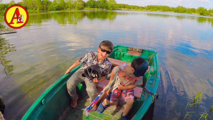 Мини Герои идут выбирать летний лагерь отдыха на Летние Каникулы