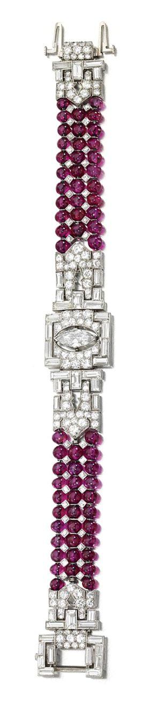 Braccialetto in oro bianco, rubini e diamanti 1935.