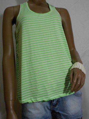 Camiseta playera ancha a rayas.verde fluorescente