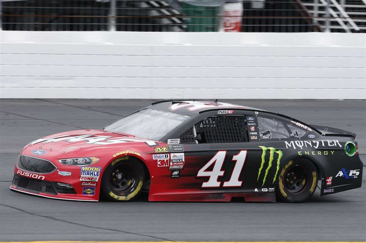 Starting lineup for Overton's 301 Friday, July 14, 2017 Kurt Busch will start ninth in the No. 41 Stewart-Haas Racing Ford Crew chief: Tony Gibson Spotter: Tony Raines Photo Credit: Matthew T. Thacker | NKP Photo: 9 / 39