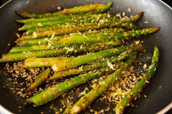 MMM ASPARAGUS WITH OLIVE OIL, LEMON JUICE, SALT PEPPER, HERBAMARE AND ...