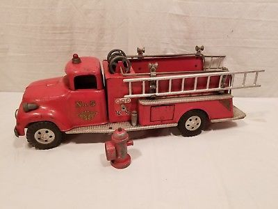 1950-039-s-Vintage-Original-Tonka-Fire-Truck-with-Ladders-amp-Fire-Hydrant